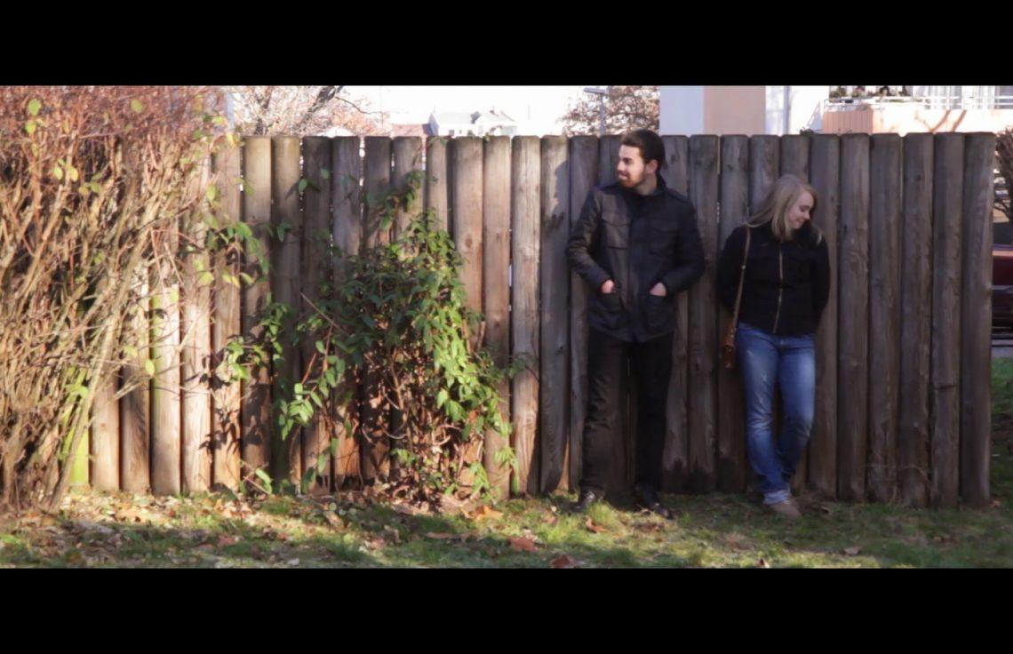 Pechmarie Film: Alex und Marie draußen